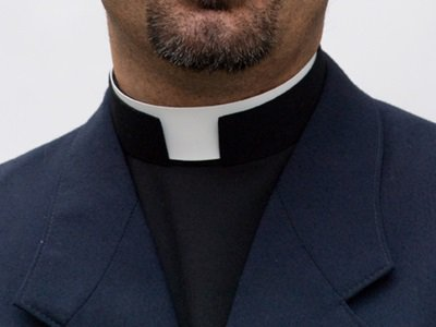 priest-collar.jpg